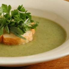 white-zucchini-soup