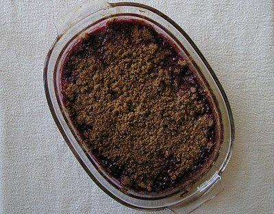 chocolate-cherry-crisp