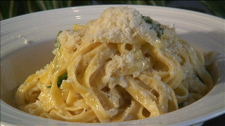fettuccine-alfredo
