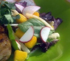 mango-crunch-salad