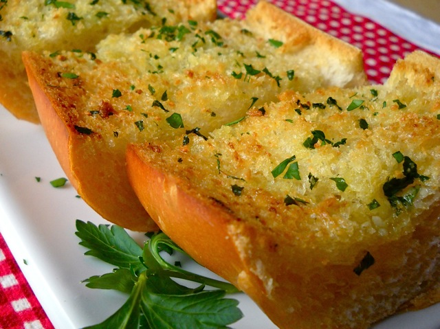 Garlic-Bread-1