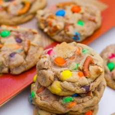 Brown-Butter-Pretzel-MM-Cookies-23