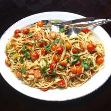 pasta-no-cook-tomato-sauce