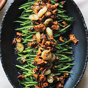 green-beans-chanterelles-cipollini